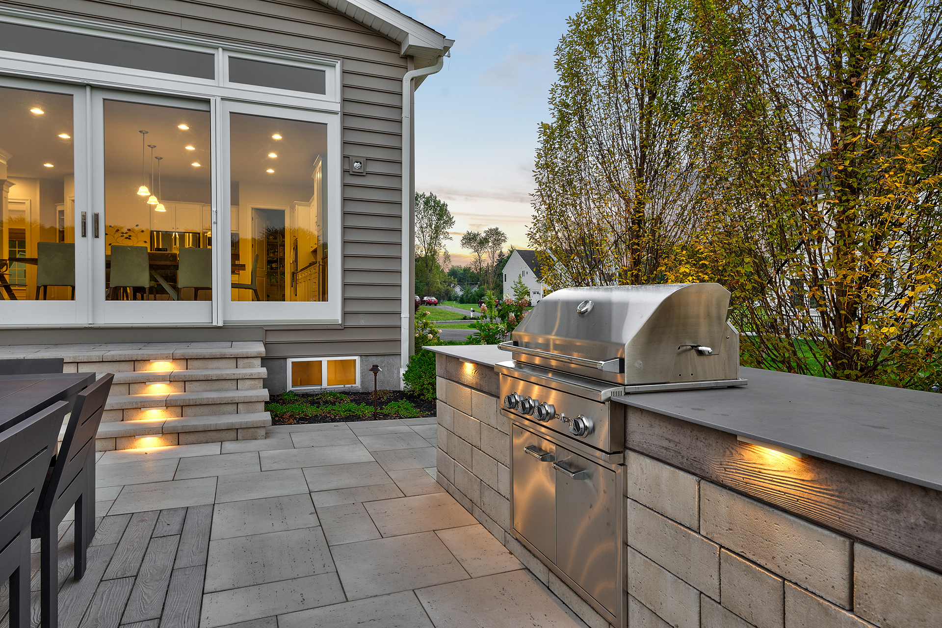 Kenny After - Outdoor Kitchen by DiSabatino Landscaping & Esposito Masonry