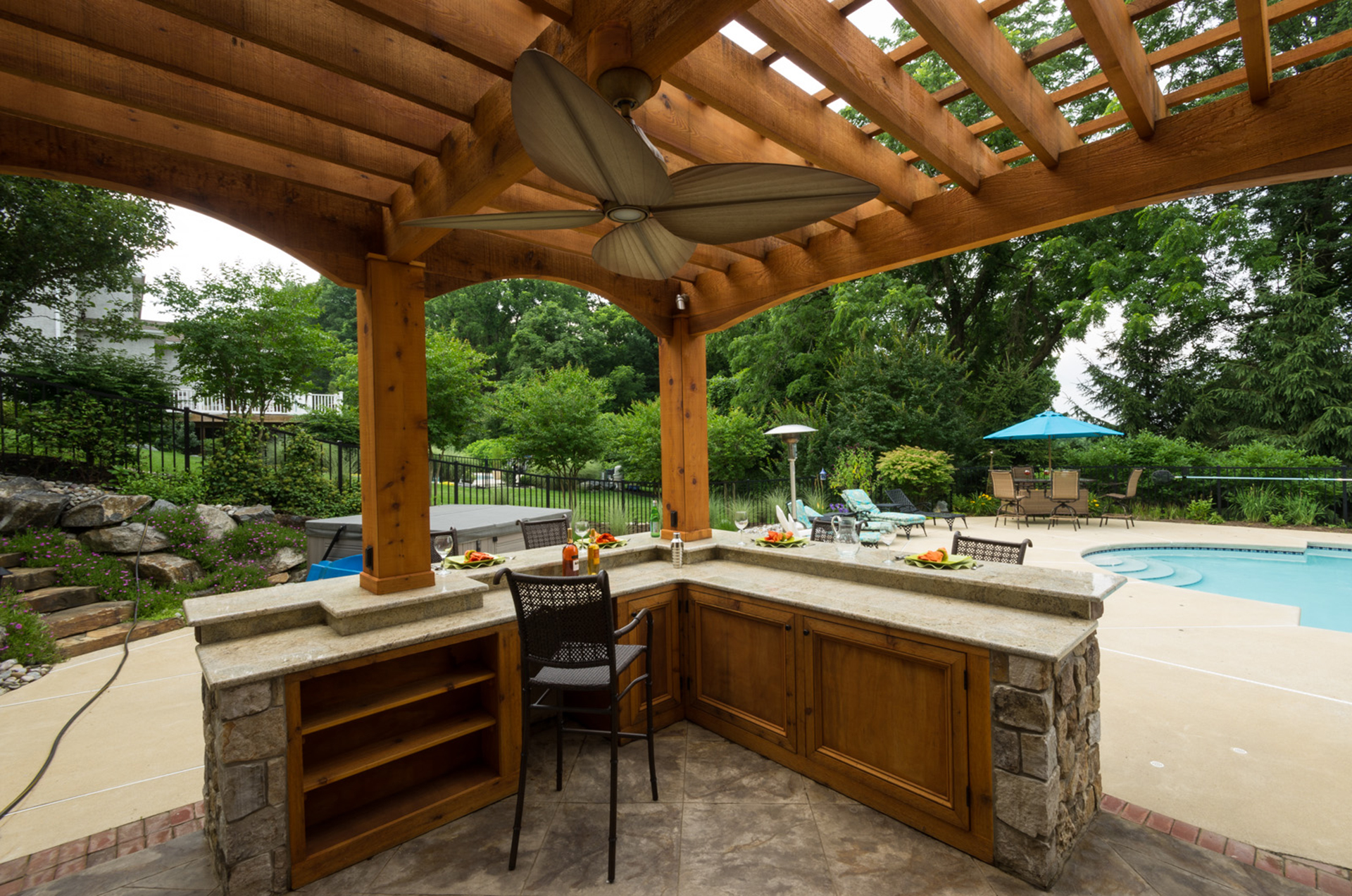 Marini After_kennett Square, PA 19348 - Outdoor Kitchen by DiSabatino Landscaping & Esposito Masonry