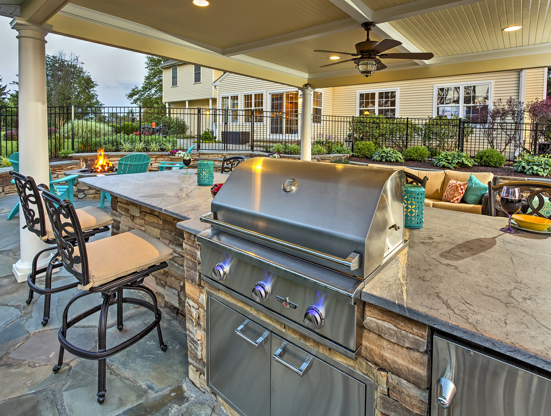 McCracken - Kennett Square, PA 19348 - Outdoor Kitchen by DiSabatino Landscaping & Esposito Masonry