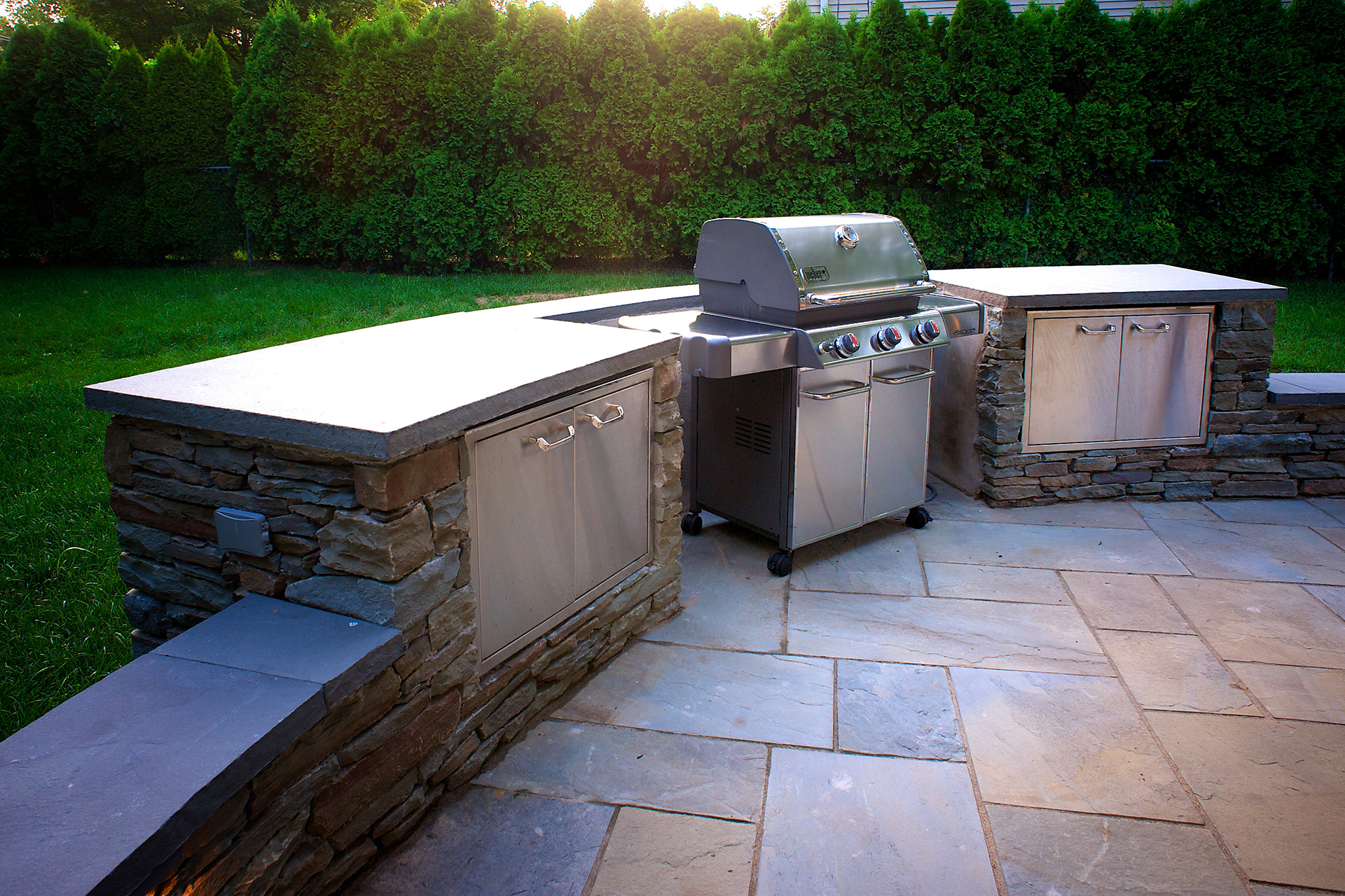 Robinson - Outdoor Kitchen by DiSabatino Landscaping & Esposito Masonry